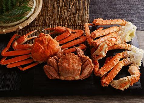 「北国からの贈り物」のボリューム三大蟹セット